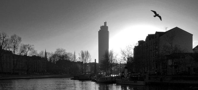 Venez visiter la tour de bretagne nantes appart for Hotel appart bretagne