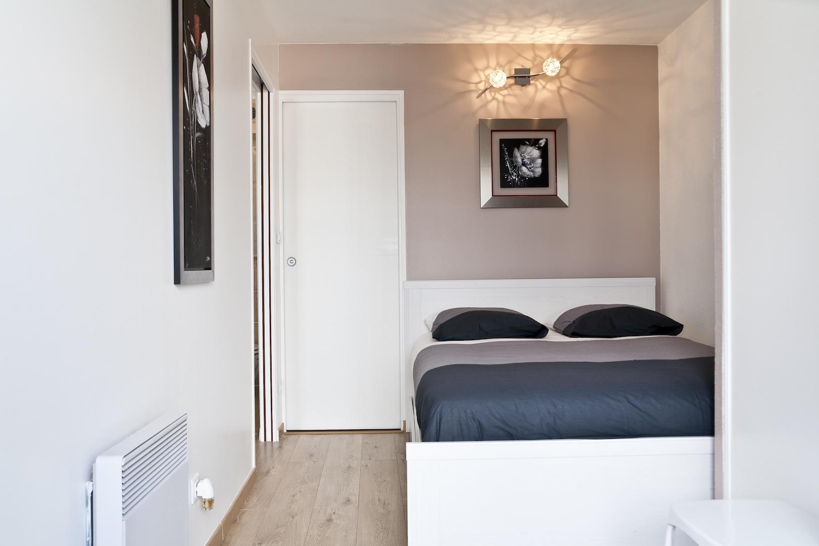 appart h tel le petit nantais appart h tel nantes g te urbain meubl en centre ville. Black Bedroom Furniture Sets. Home Design Ideas